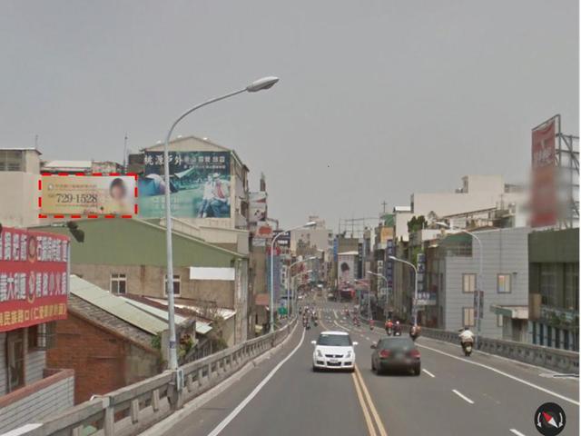 彰化市中華路橋廣告牆出租(提供夜間3小時廣告燈光照明)