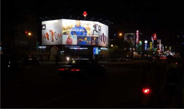P-219ABC鐵架廣告塔-高雄市鼓山區裕誠路ABC面-漢神捷運站出口、瑞豐夜市廣告看板