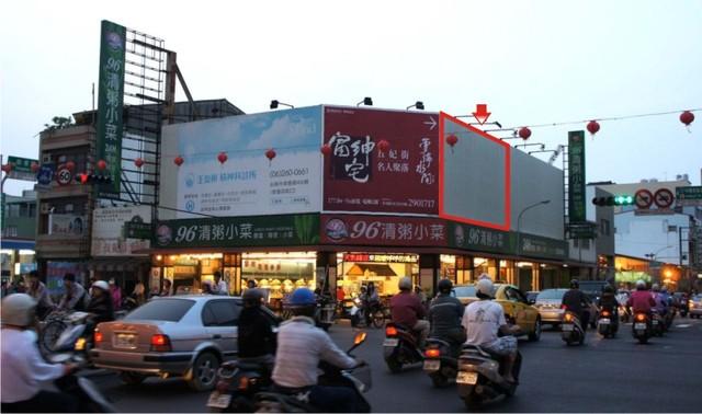 N-0410C鐵架廣告塔-台南市中華東路三段162號-德安百貨、誠品書局、台南藝文中心廣告看版