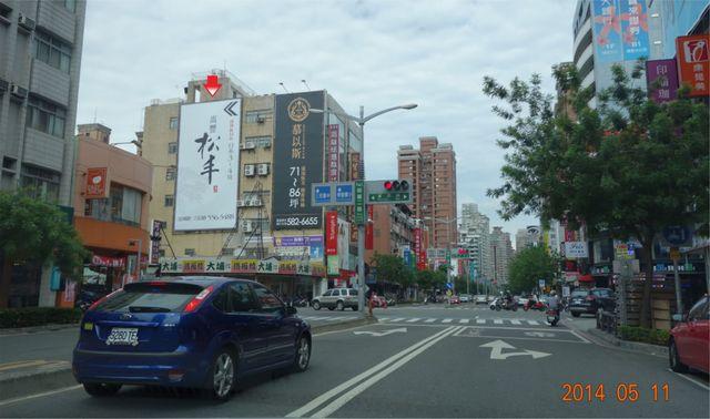 P-0235B鐵架廣告塔-高雄市左營區明誠二路482號-富民路與明誠二路口廣告看板