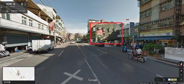 樹林保安街一段房子外牆出租 旁邊是郵局大馬路樓下是7-11