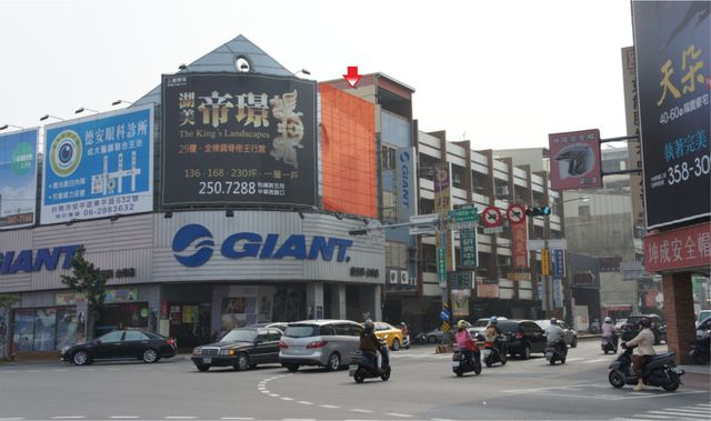 N-0679鐵架廣告塔-台南市安平區中華西路+健康路-捷安特三角窗、安平廣告看板