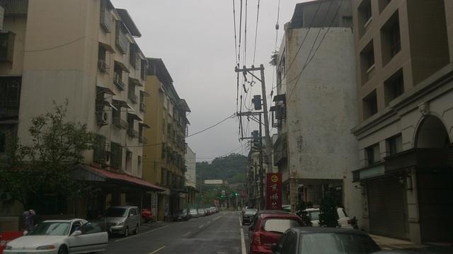 福一街底(右邊2~4樓牆面)