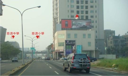 N-0453鐵架廣告塔-台南市文平路217號7-11頂樓-慈濟中學、慈濟小學、永華夜市廣告看板