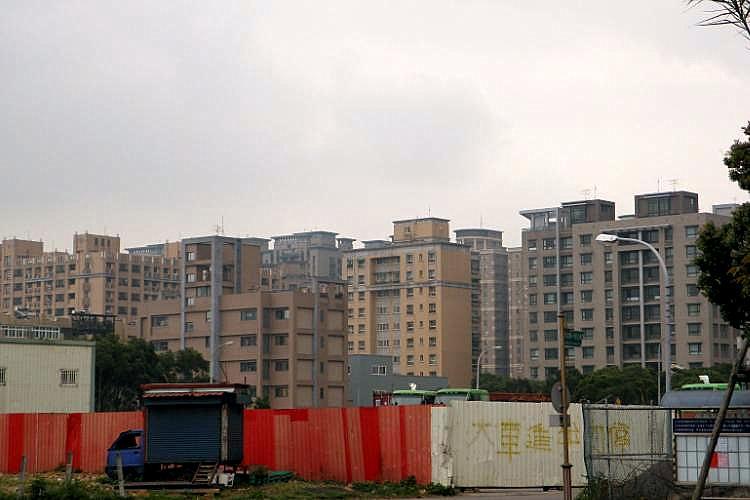 圖片:9月建案人氣比去年略增!唯台北地區減少一成