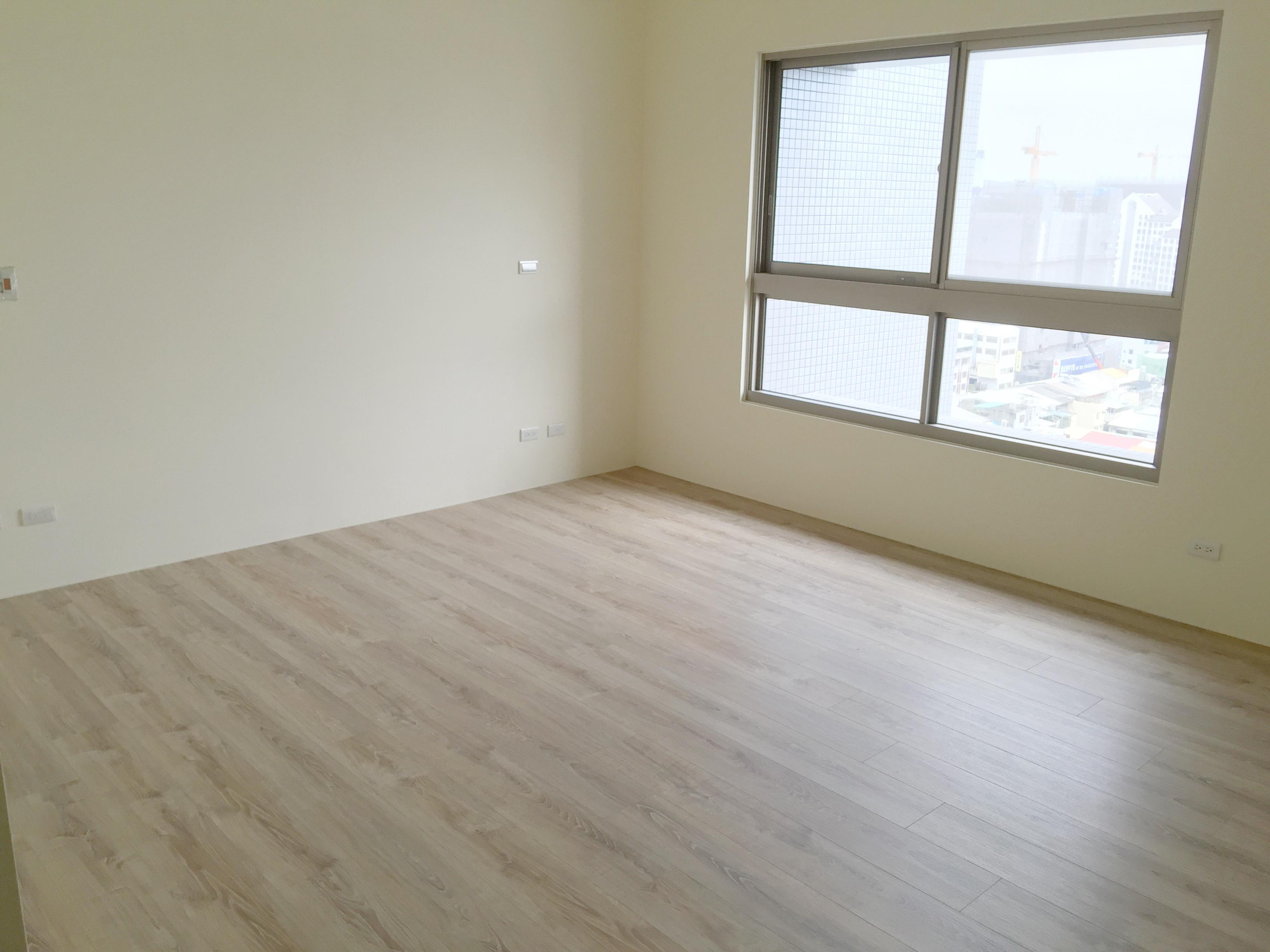 佳茂五權光河4房3車位 /文心路捷運口/高樓層超棒視野戶