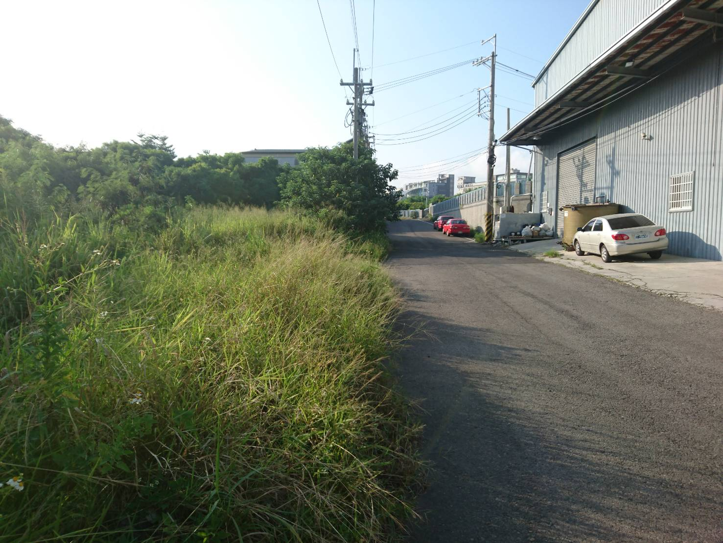 精密機械園區旁農地