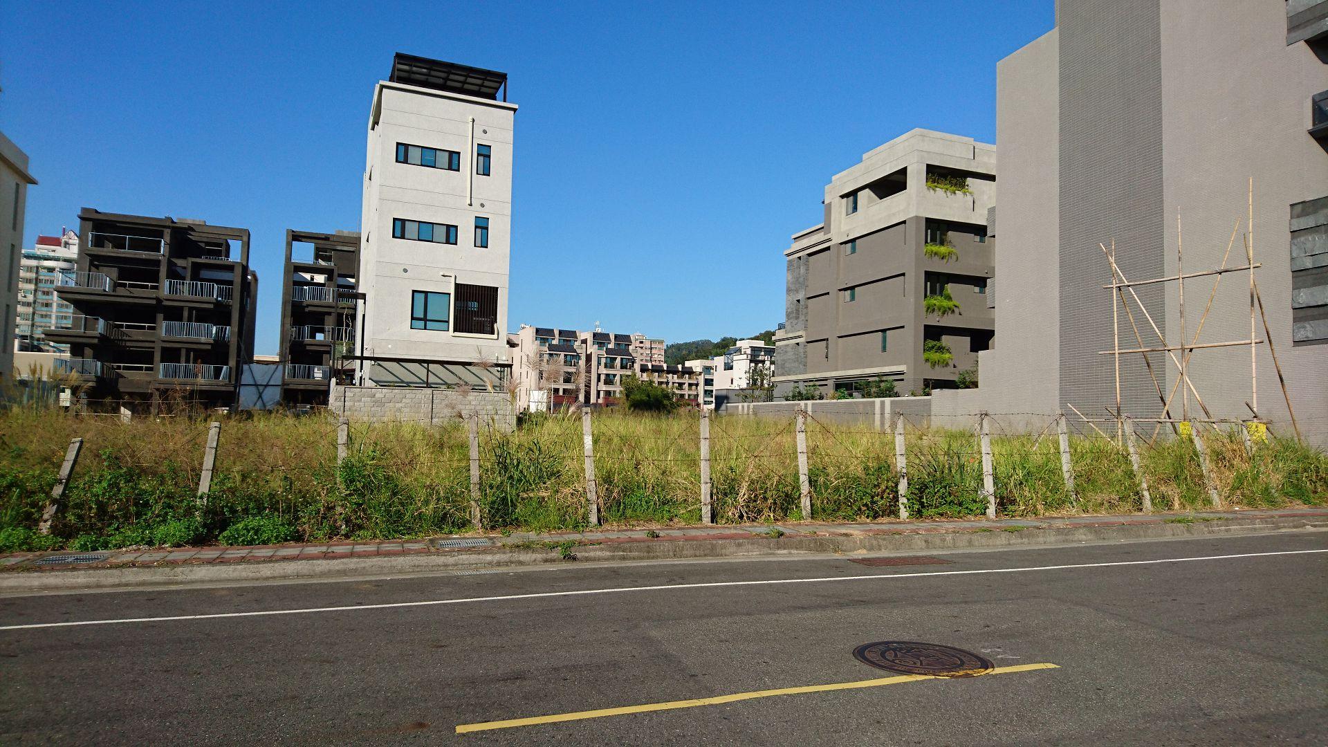 北屯14單元近生態公園角地 台中土地房屋
