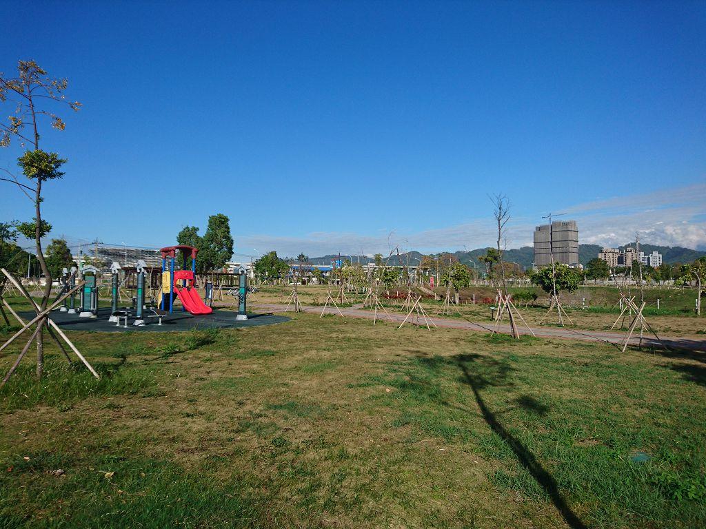 北屯12單元方正建地 正25米路上 台中土地房屋