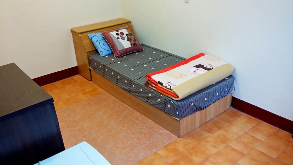 大浴室必租陽台套房~免費數位電視及洗衣機、免管理費及公共電費