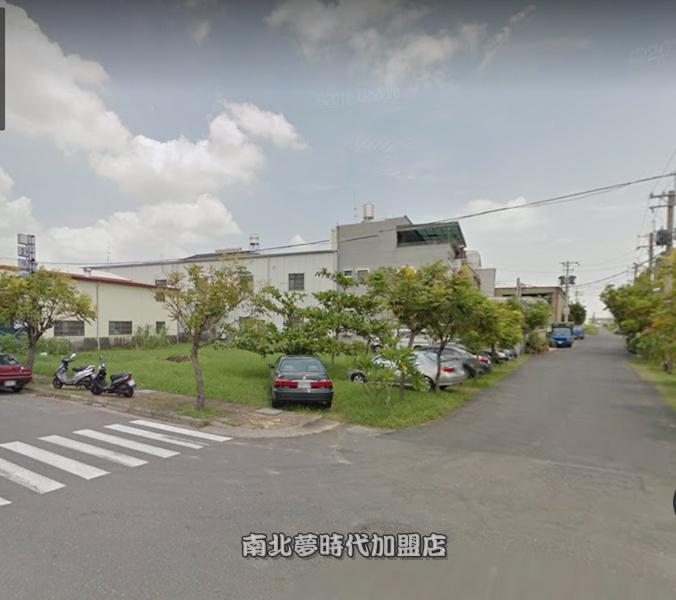 新營區新茆舍 -東山三路三角窗工業地-197坪