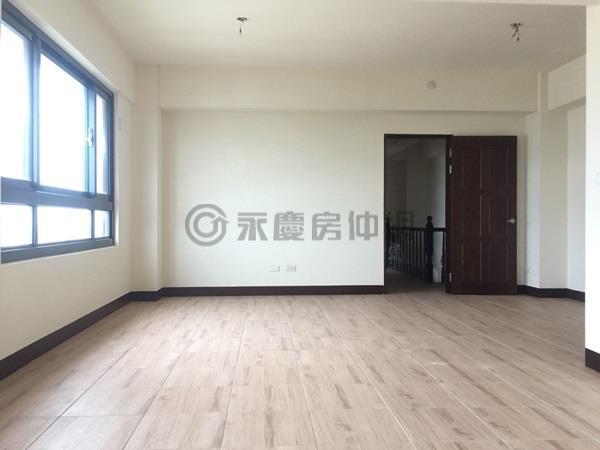 全新竹北西區大四房平車