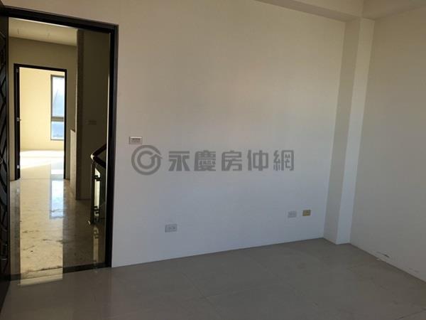 竹北三民路金雞母住店