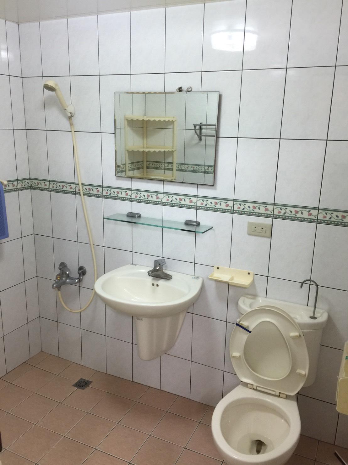 機能型高品質住辦二用二房三廳二衛浴
