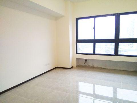 B241捷運新成屋二房 板橋買屋,店面,住商朱茂良0932-224-646