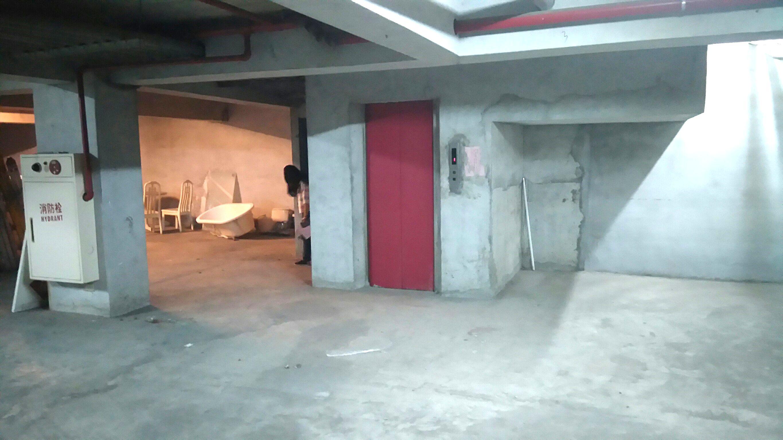 蘆洲長安地下一樓商場-龍邑不動產