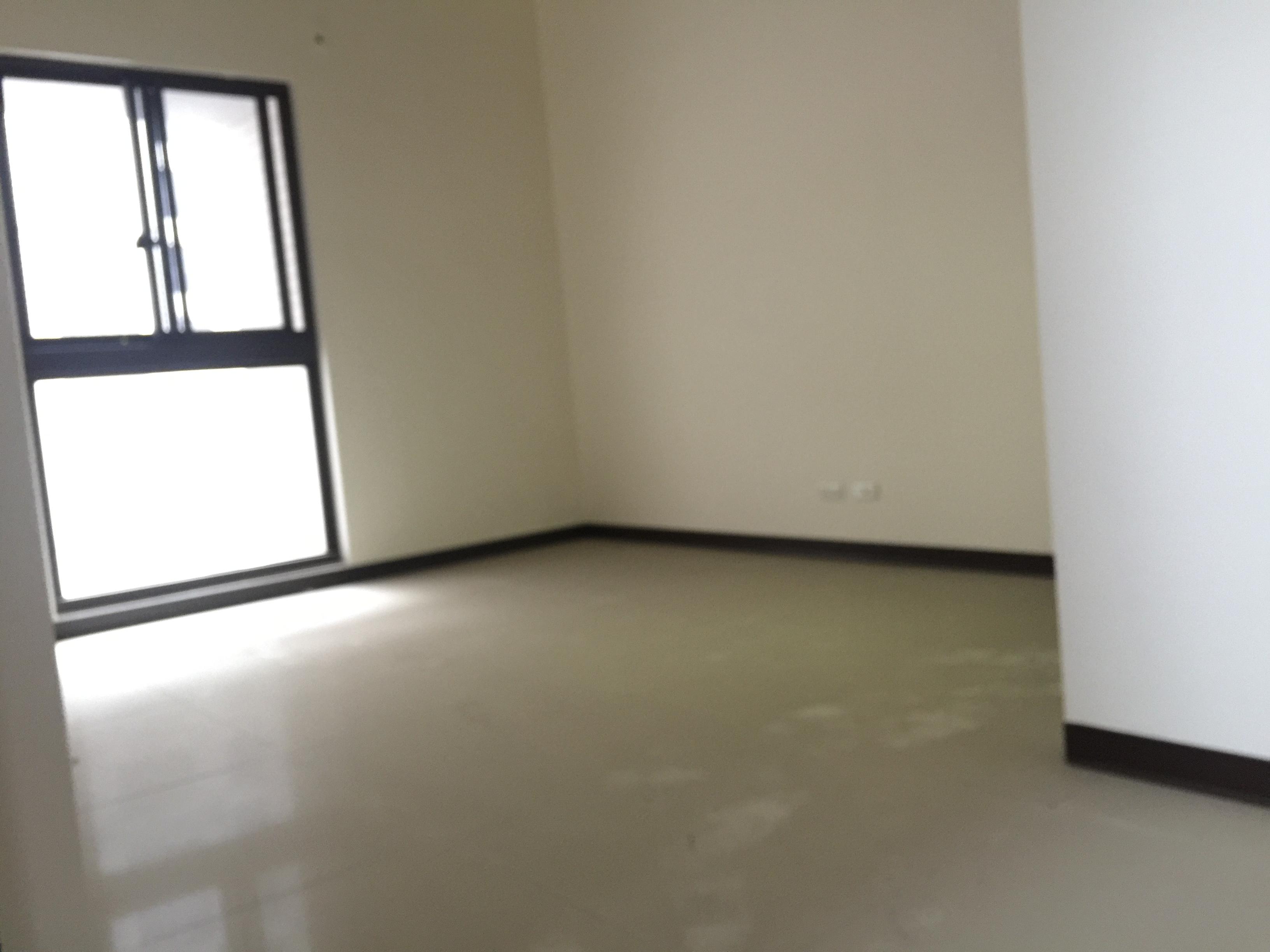 竹北房屋買賣~成功國中~體育館旁~賦格律~景觀美4房~雙平車 售1680萬