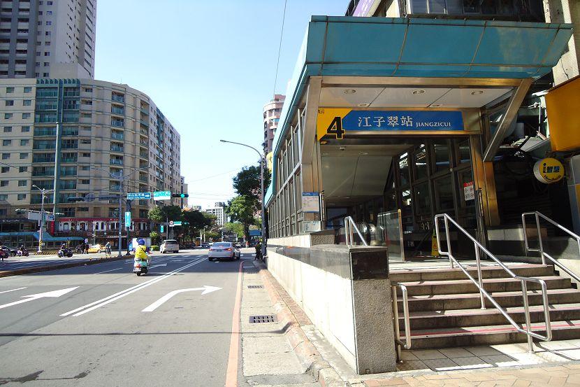 A138江翠捷運樓中樓 板橋買屋,店面,住商朱茂良0932-224-646
