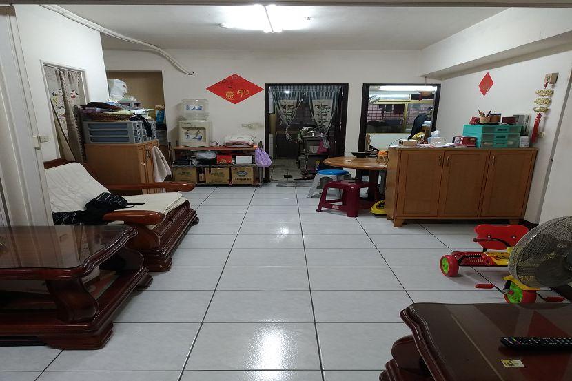 B260海山捷運華廈 板橋買屋,店面,住商朱茂良0932-224-646