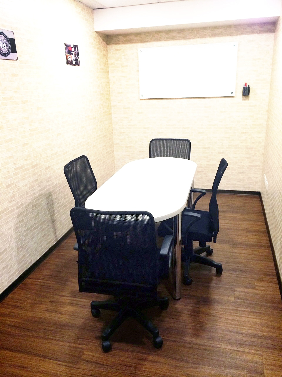 【東區】美式休閒3~4人辦公室