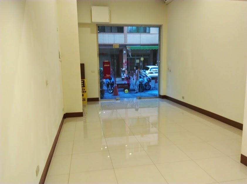 R8三多捷運漂亮樓店1+2樓