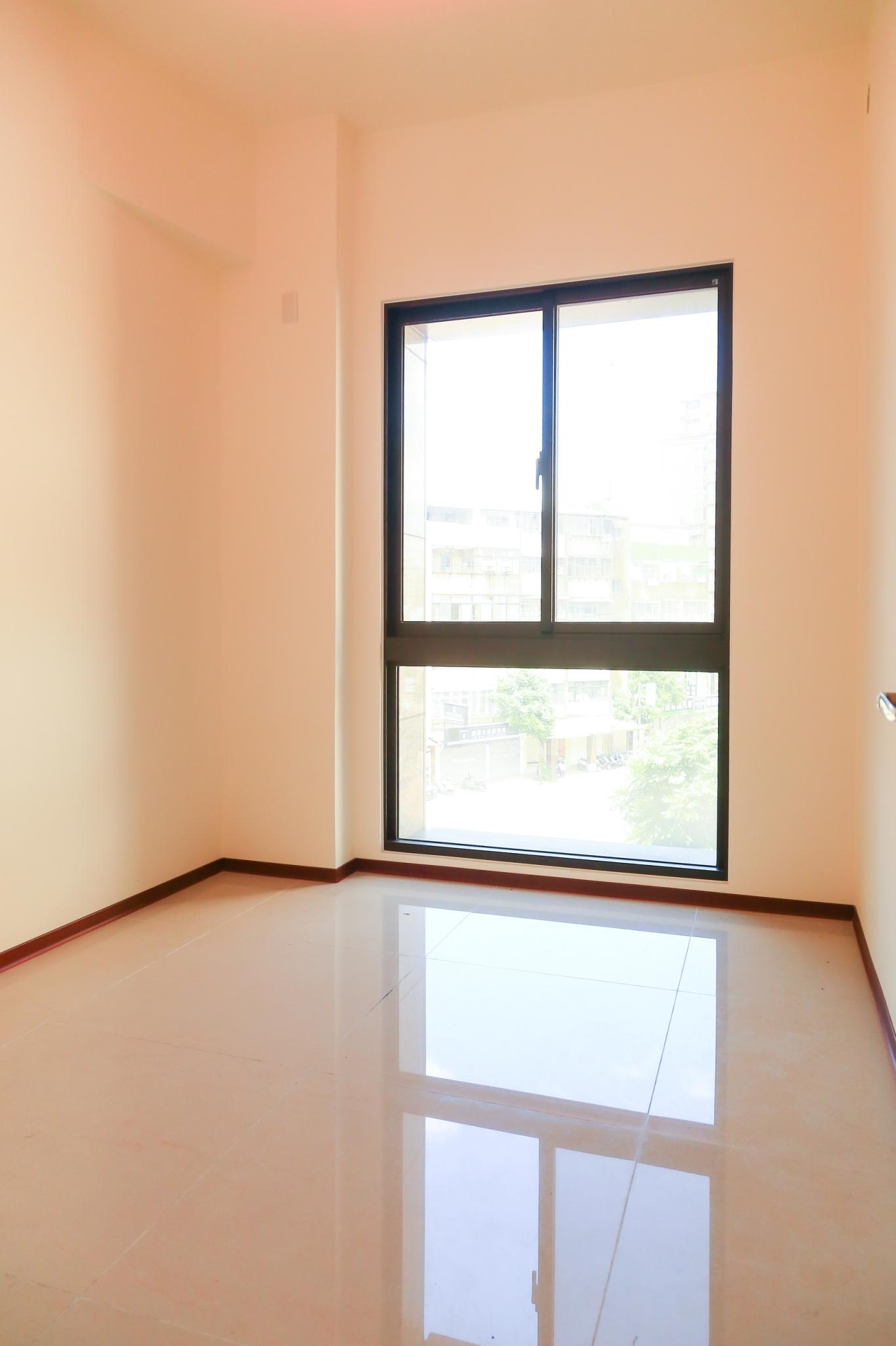 B085萬隆捷運碧園電梯2房 板橋買屋,店面,住商朱茂良0932-224-646