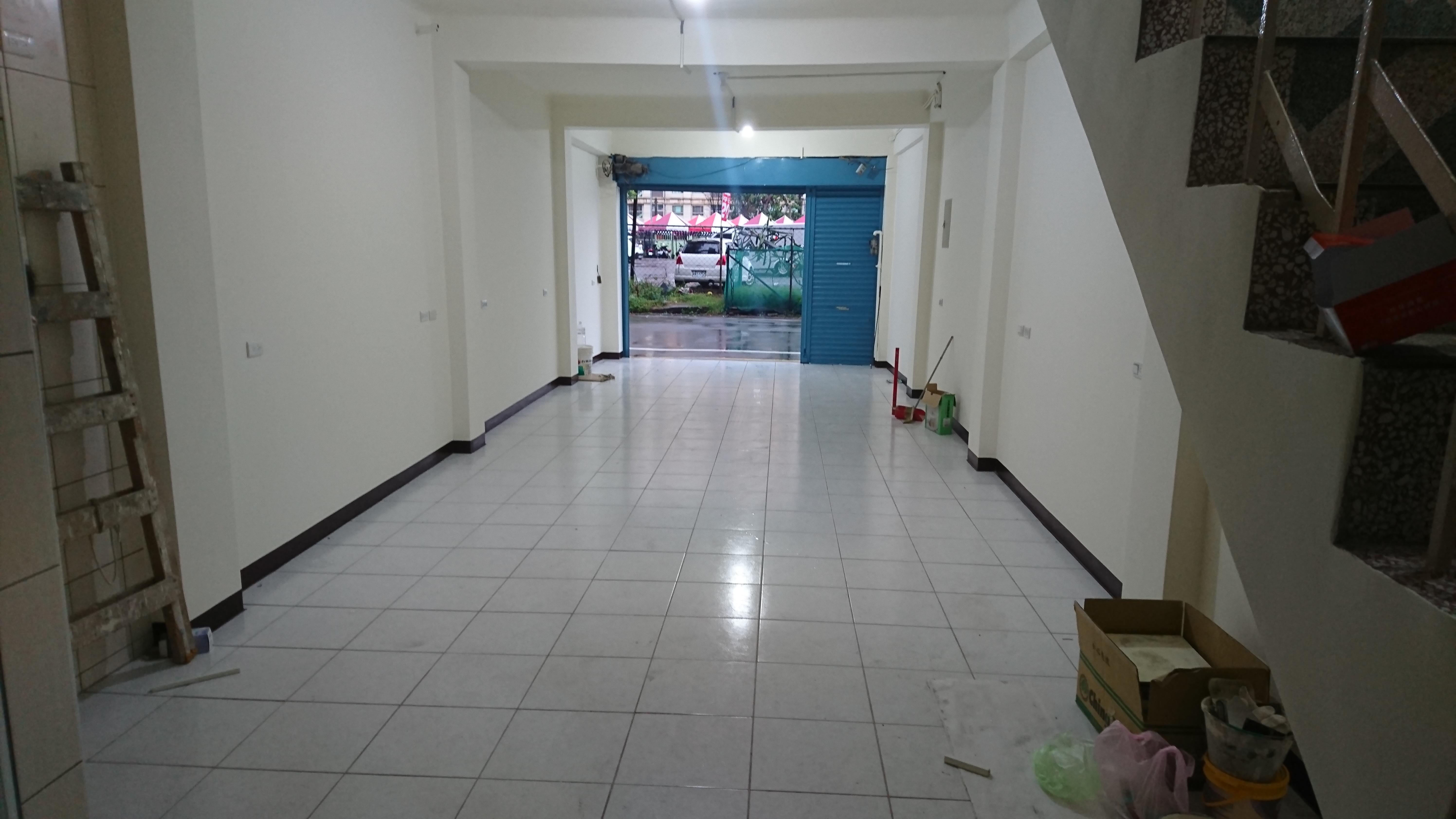 緊臨桃園火車站站前商圈大同路店面1、2樓