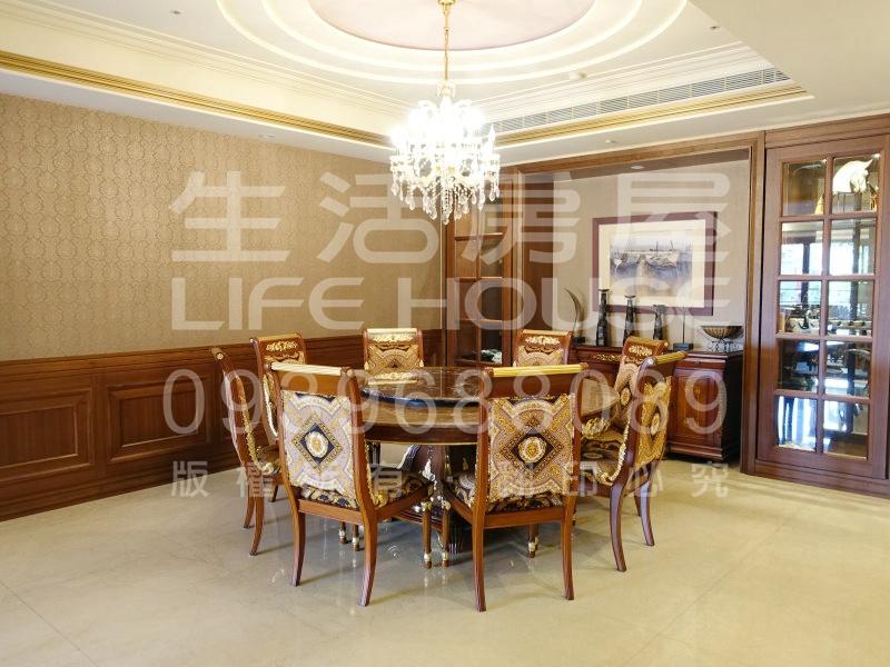 中悅登峰4F▍福容飯店旁
