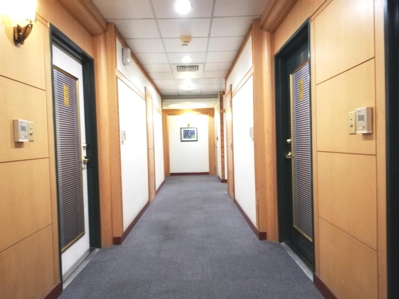 85大樓新灣區套房
