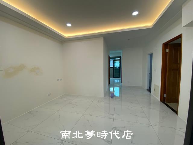~*☆東門商圈漢盧三房平車位-台南市東區東門路三段