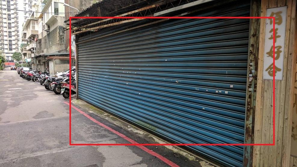 鐵門大面積出租廣告外牆(鐵門固定都不開)