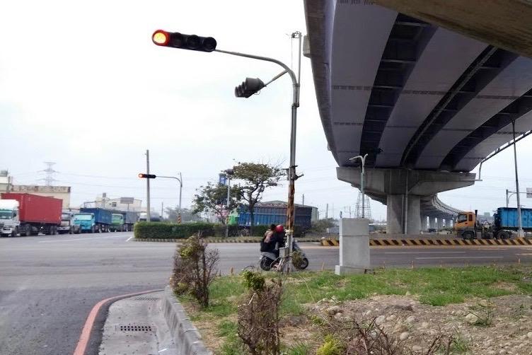圖片:台中三井OUTLET開幕!梧棲房市小鴨變天鵝