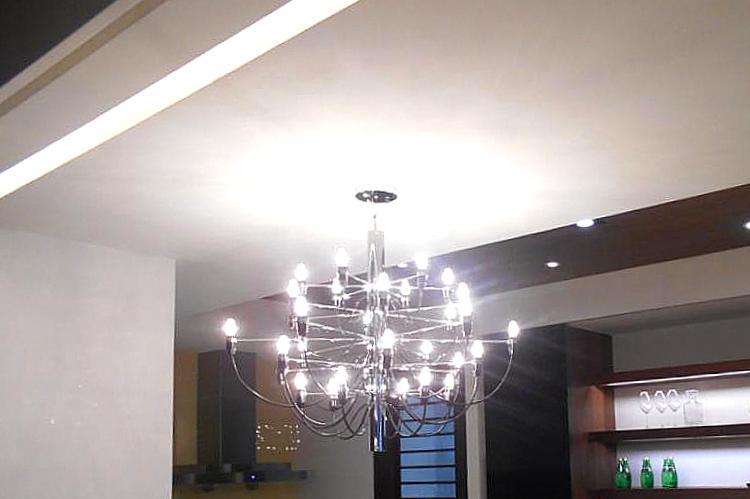 圖片:每個月要繳的電費昂貴得驚人?買屋罩子要放「亮」一點!