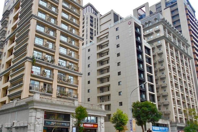 圖片:找新屋建案嗎?連板橋人都按讚的頭前重劃區